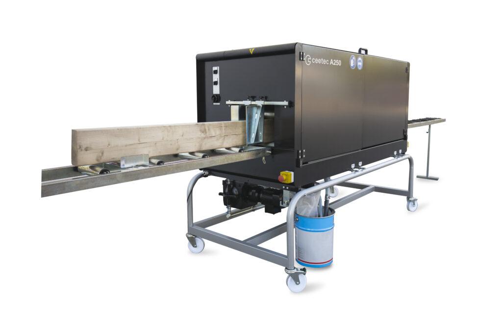 Ceetec A250 maskine til maling af brædder (Maschine zum Lackieren von Brettern)